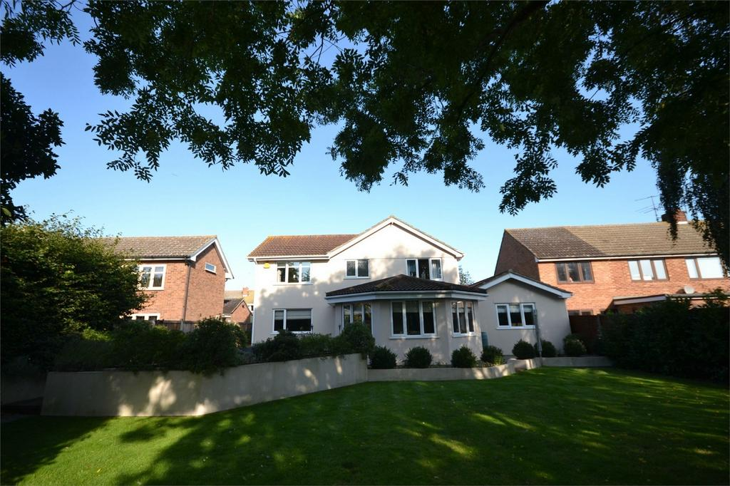 4 Bedrooms Detached House for sale in Plume Avenue, Maldon, Essex