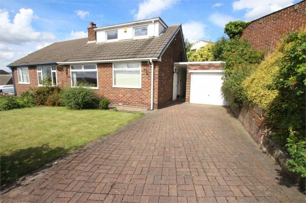 2 Bedrooms Semi Detached Bungalow for sale in Thackray Avenue, HECKMONDWIKE, West Yorkshire