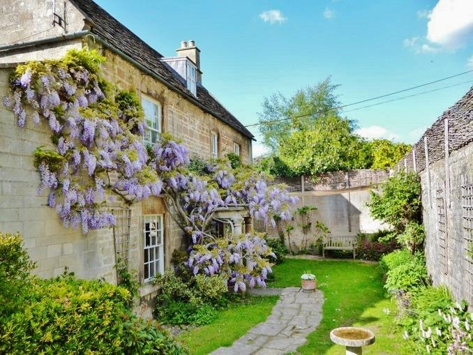 4 Bedrooms Detached House for sale in The Ley, Box, Corsham