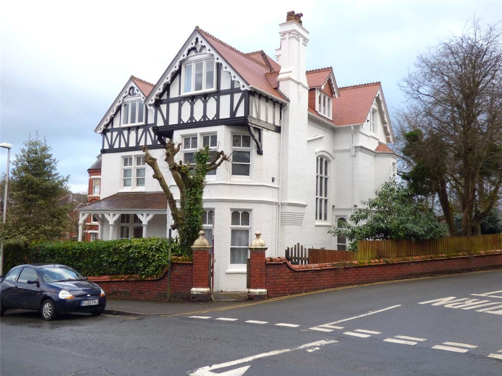 1 Bedroom Apartment Flat for sale in Cecil Lodge, Spa Road, Llandrindod Wells, Powys