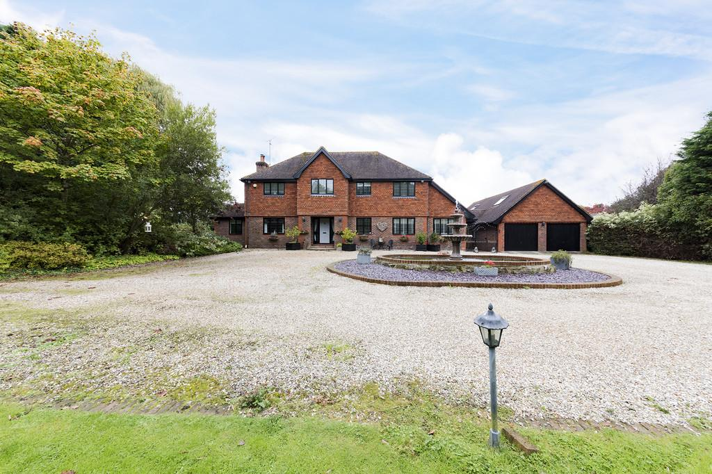 5 Bedrooms Detached House for sale in Semi-rural Ashington