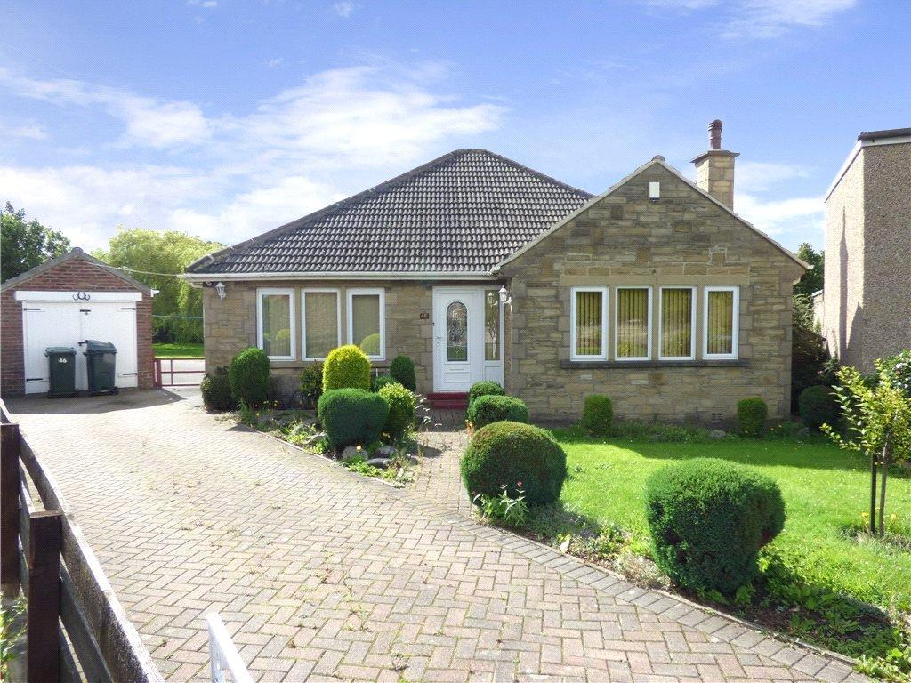 3 Bedrooms Detached Bungalow for sale in Oakdale Road, Shipley, West Yorkshire