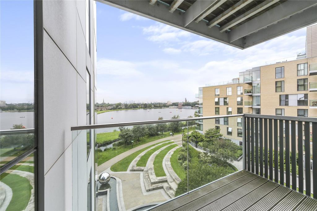 2 Bedrooms Flat for sale in Riverside Apartments, Goodchild Road, London, N4