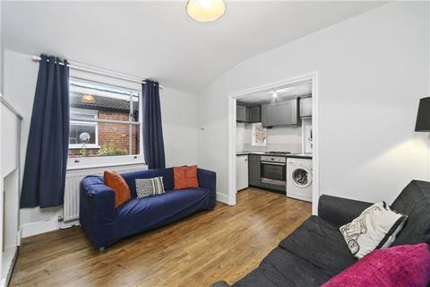 2 bedroom maisonette to rent - Willow Vale, Shepherds Bush, London, W12
