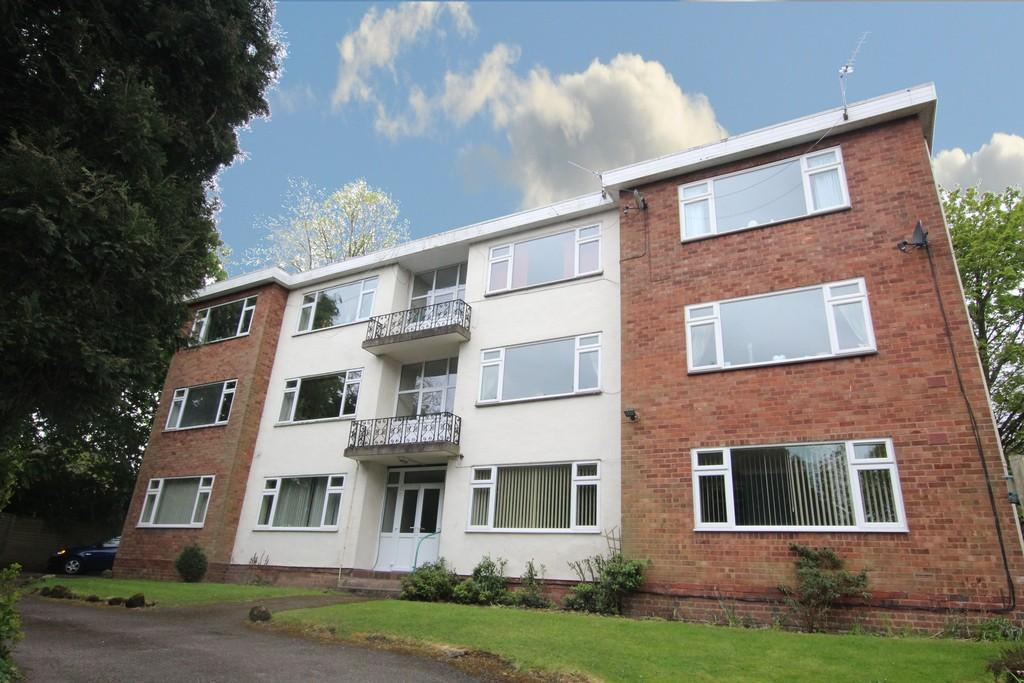 2 Bedrooms Ground Flat for sale in Hillmorton, Clarence Road, Four Oaks, B74 4LA