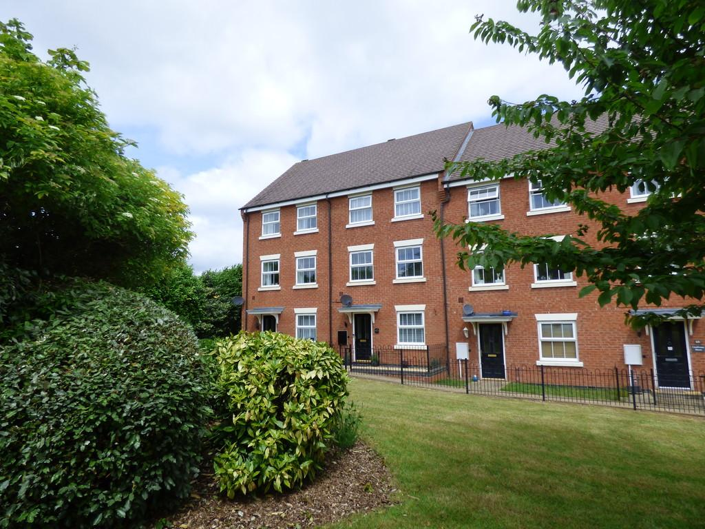 3 Bedrooms Town House for sale in Beecham Road, Shipston On Stour