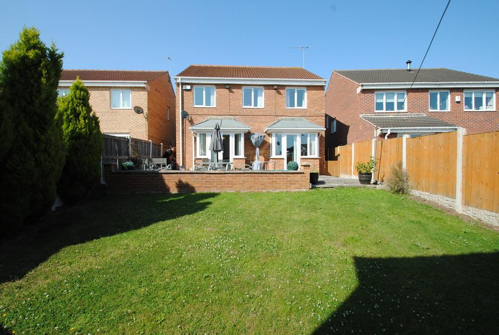 4 Bedrooms Detached House for sale in Aintree Drive, Woodfield Plantation