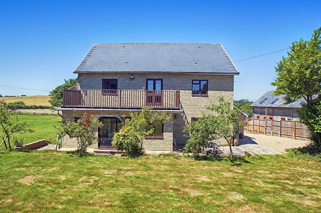 4 Bedrooms Detached House for sale in Whiteley Bank, Isle of Wight