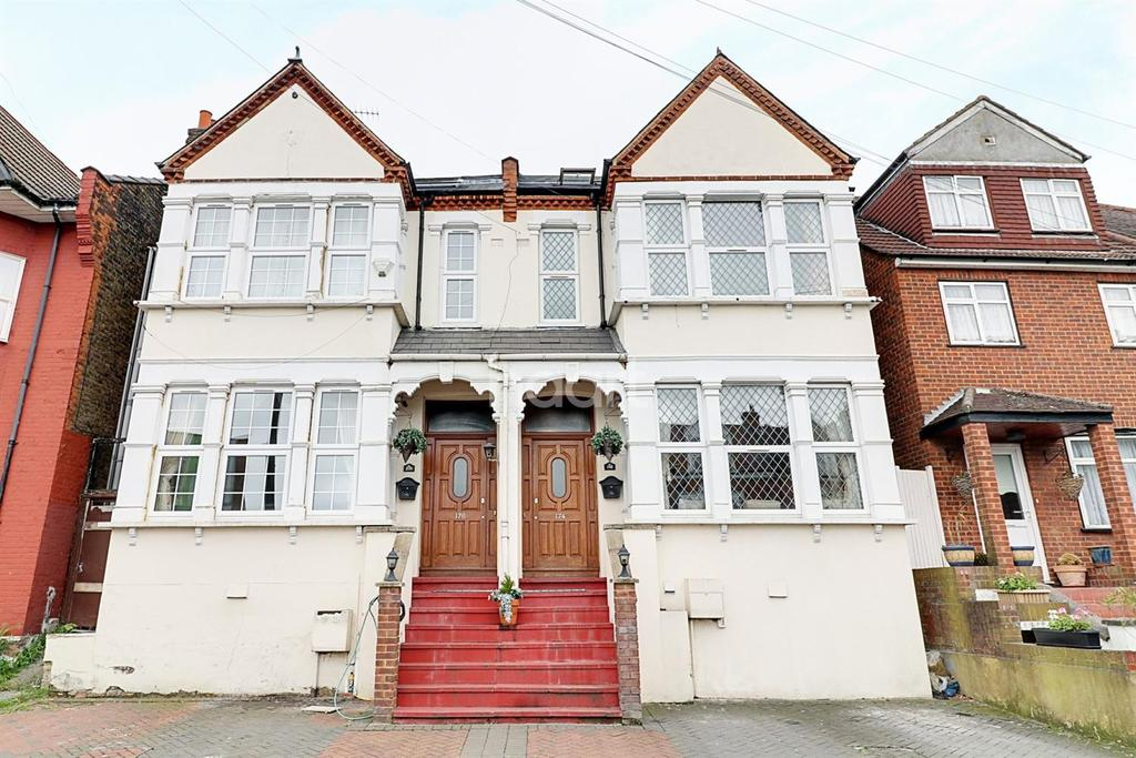 12 Bedrooms Semi Detached House for sale in Colney Hatch Lane, Muswell Hill, N10