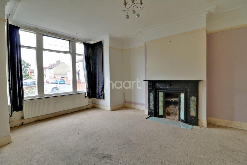 1 Bedroom Flat for sale in Bellevue Road, Southend On Sea