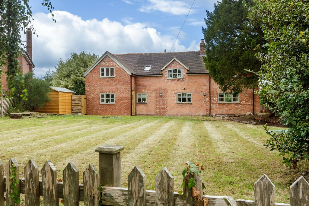 4 Bedrooms Detached House for sale in Wrenbury, Cheshire