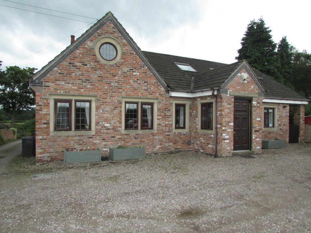 4 Bedrooms Detached Bungalow for sale in Cross Lane, Kermincham