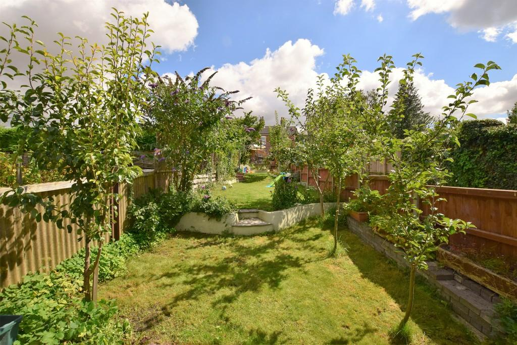 2 Bedrooms Terraced House for sale in Melford Road, Sudbury CO10 1JS