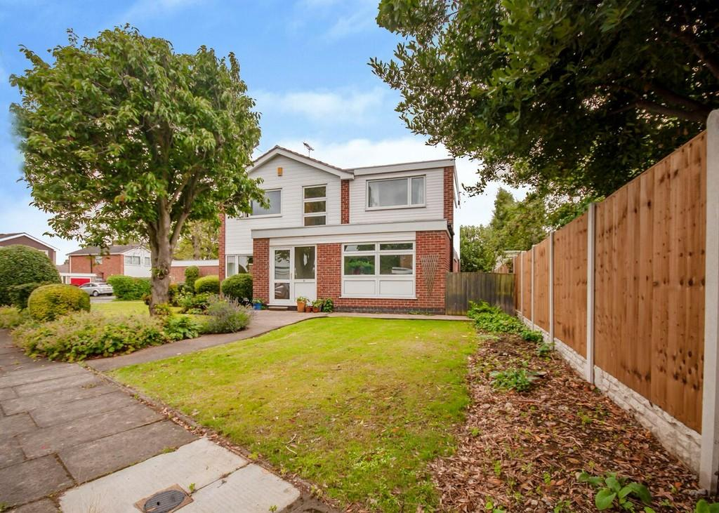 5 Bedrooms Detached House for sale in St. Marys Close, Attenborough