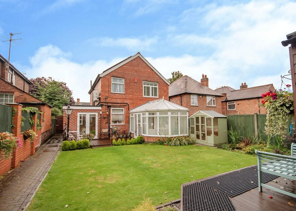 3 Bedrooms Detached House for sale in Trowell Road, Wollaton