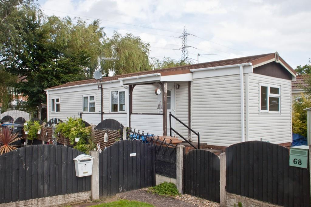 2 Bedrooms Mobile Home for sale in Biddulph Park, Ironstone Road