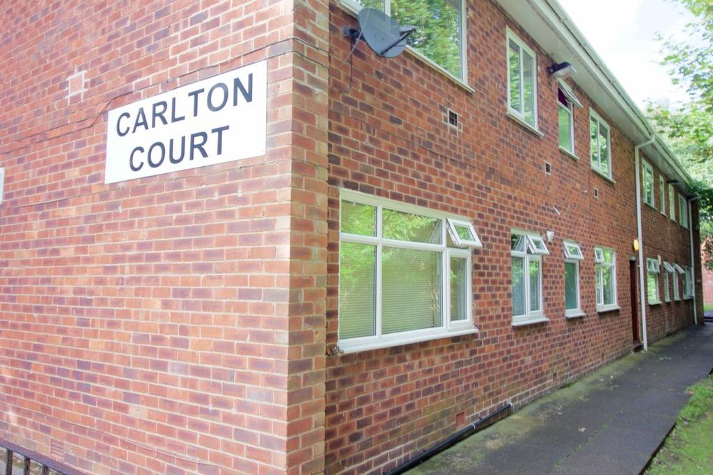 1 Bedroom Flat for sale in Carlton Court, Kersal Road