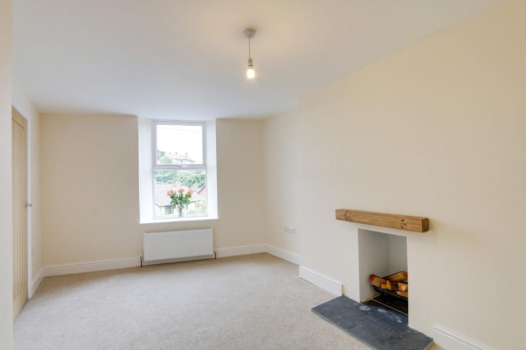 2 Bedrooms Detached House for sale in Highweek Village, Newton Abbot