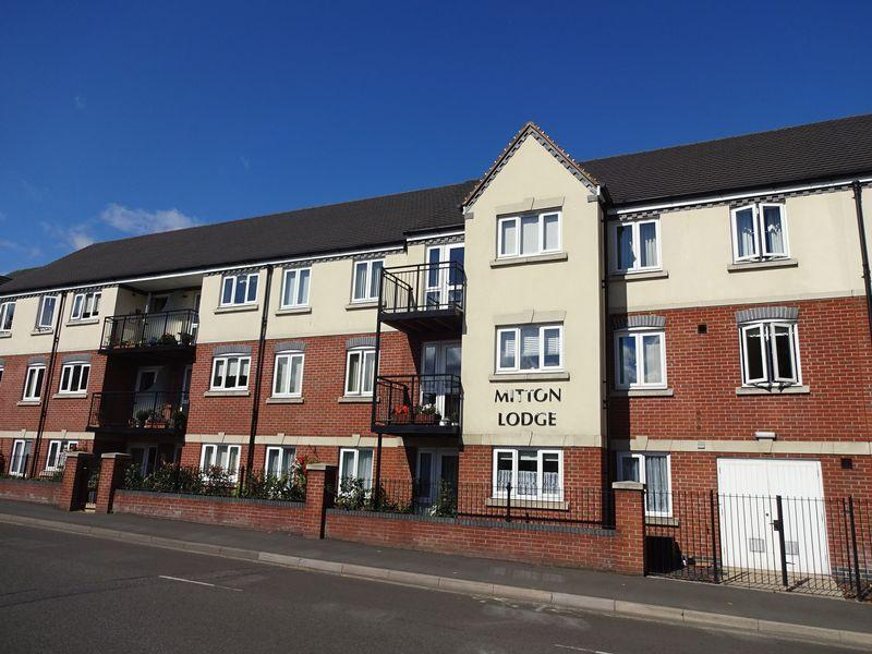1 Bedroom Ground Flat for sale in Vale Road, Stourport-On-Severn DY13 8GB