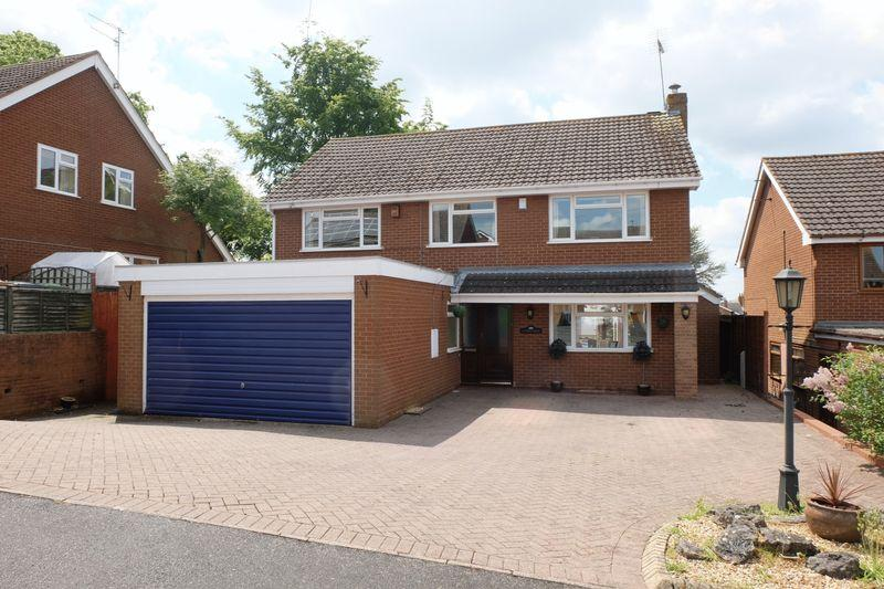 4 Bedrooms Detached House for sale in Swiss Heights, Stourport-On-Severn DY13 0LJ