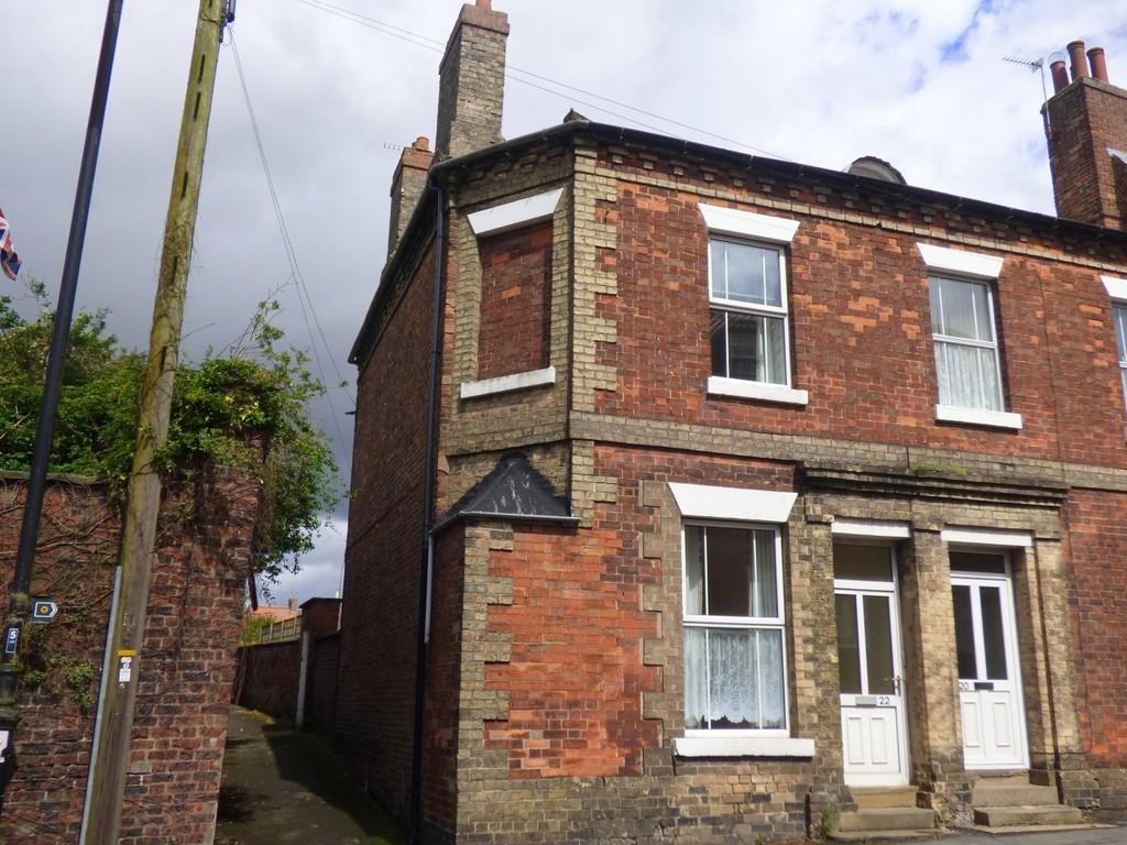 3 Bedrooms End Of Terrace House for sale in High Street, Caistor