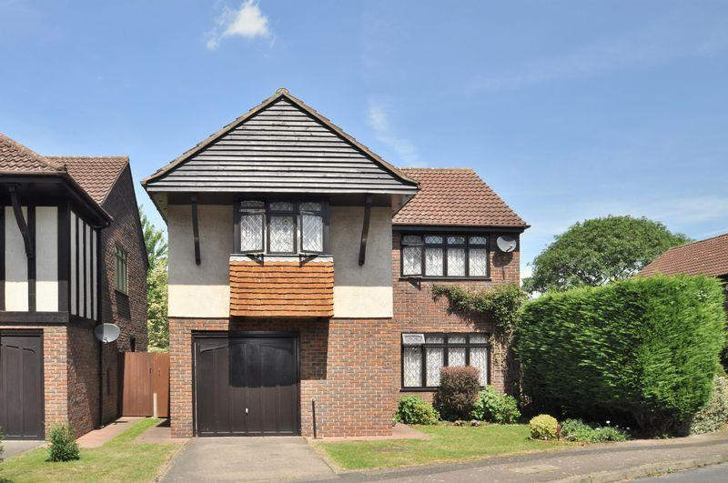4 Bedrooms Detached House for sale in Langworth Close, Wilmington