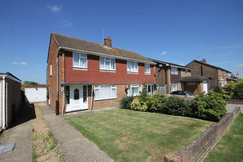3 Bedrooms Semi Detached House for sale in Dunstall Avenue, Burgess Hill, West Sussex