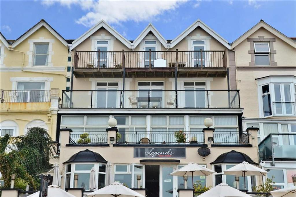 3 Bedrooms Apartment Flat for sale in High Street, Sandown