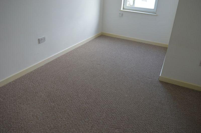 Bed Room For Sale In Southend On Sea