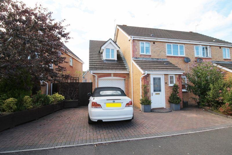 3 Bedrooms Semi Detached House for sale in Bluebell Drive, Llanharan, CF72 9UN