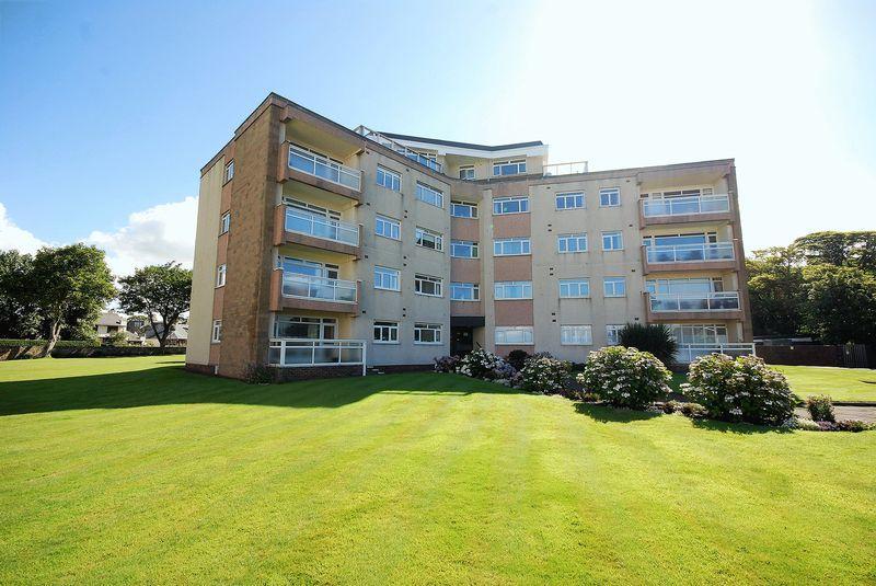 2 Bedrooms Flat for sale in 59 Fairfield Park, Ayr, KA7 2AU