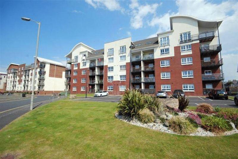 2 Bedrooms Ground Flat for sale in 7A Glenford Place, Ayr, KA7 1LB