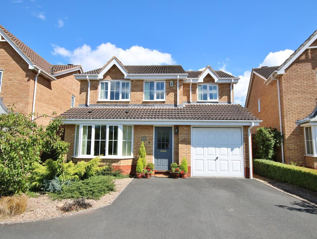 4 Bedrooms Detached House for sale in Dorchester Way, Belmont, HEREFORD, HR2