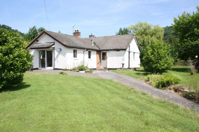2 Bedrooms Detached Bungalow for sale in Cwmdu, Crickhowell