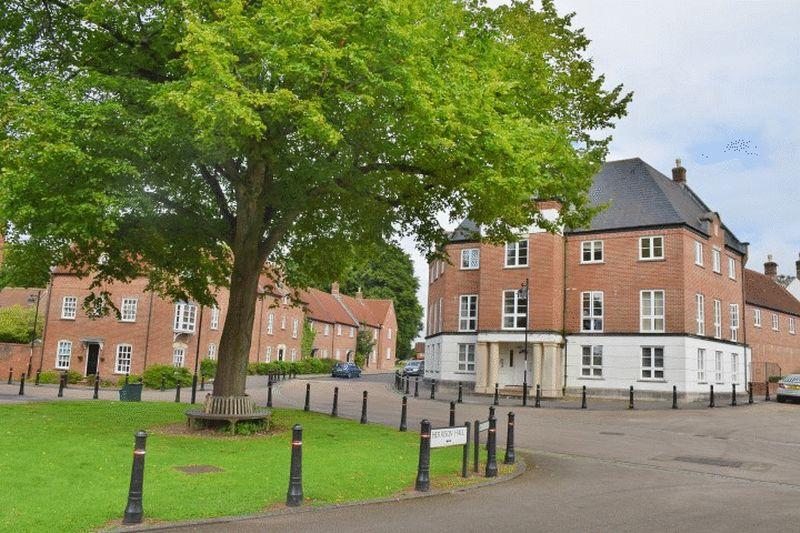 2 Bedrooms Apartment Flat for sale in Chalrton Down, Dorchester