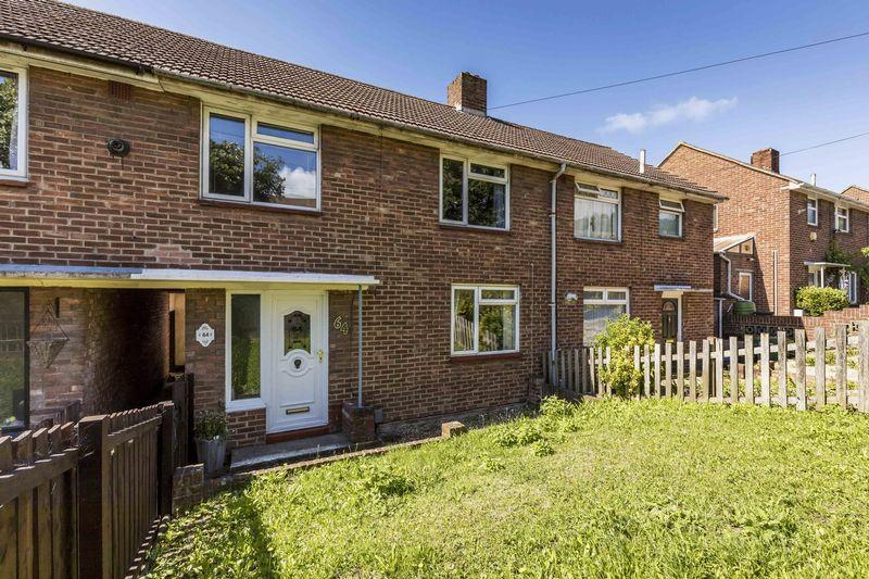 3 Bedrooms Terraced House for sale in Almondsbury Road, Portsmouth