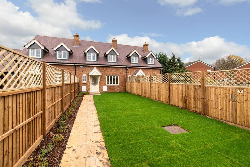 3 Bedrooms Terraced House for sale in Gladstone Mews, Markyate **** NEW BUILD ****