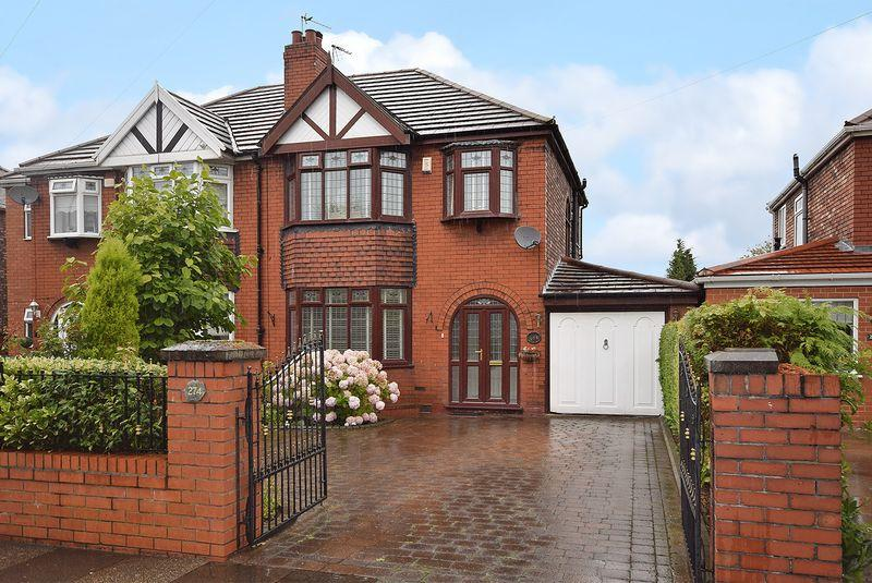 3 Bedrooms Semi Detached House for sale in Liverpool Road, Widnes