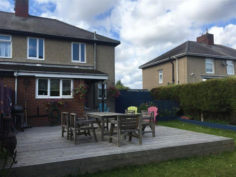 3 Bedrooms Semi Detached House for sale in Station Road, Seghill