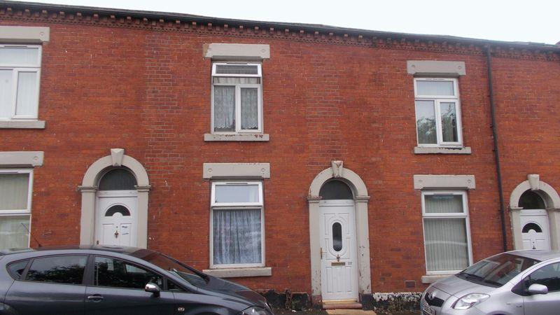 2 Bedrooms Terraced House for sale in Pitt Street, Oldham