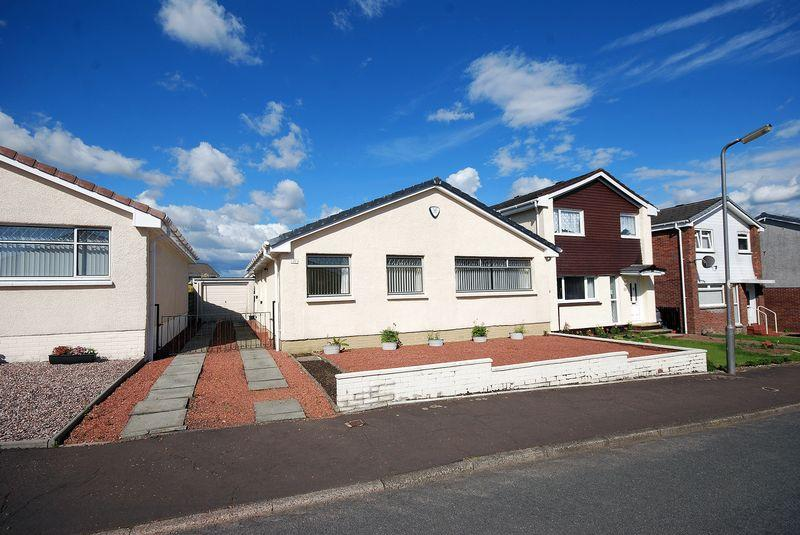 2 Bedrooms Detached Bungalow for sale in 45 Kirkmuir Drive, Stewarton, KA3 3HP
