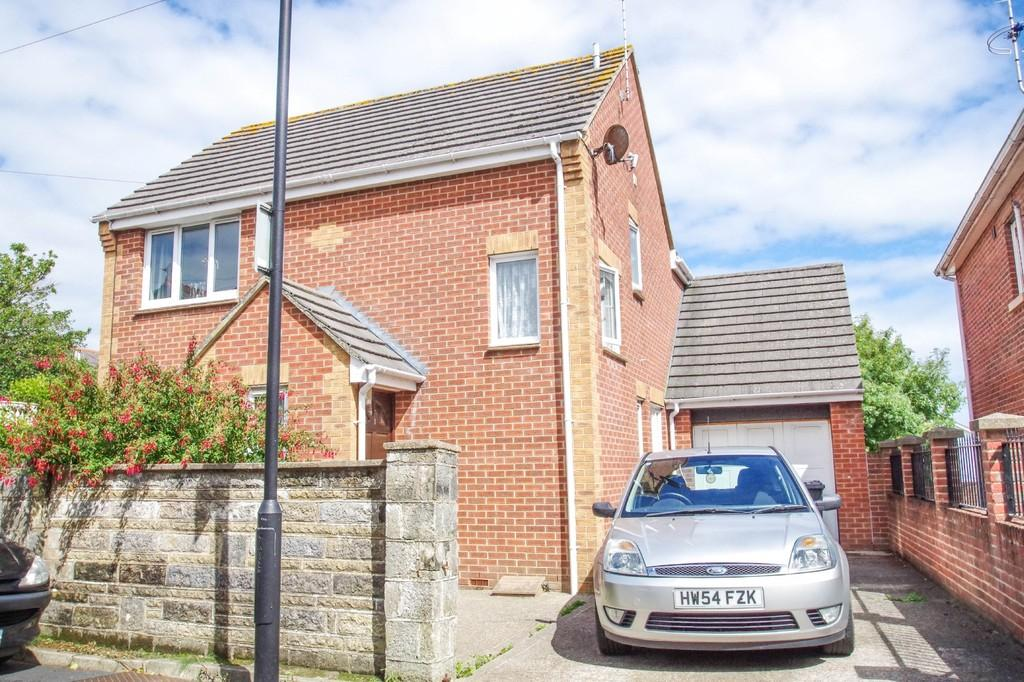 3 Bedrooms Detached House for sale in Milford Road, Shanklin