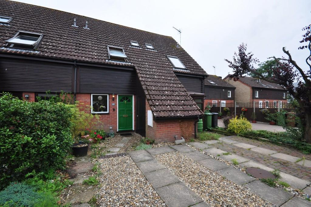 2 Bedrooms Terraced House for sale in Waveney Road, Diss