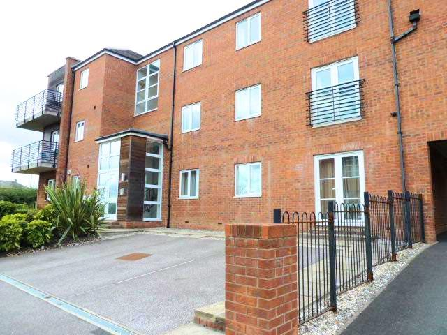 2 Bedrooms Flat for sale in Mill Green, Swarcliffe Approach, Swarcliffe