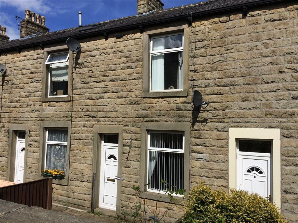 2 Bedrooms Terraced House for sale in East Parade, Barnoldswick, Lancashire