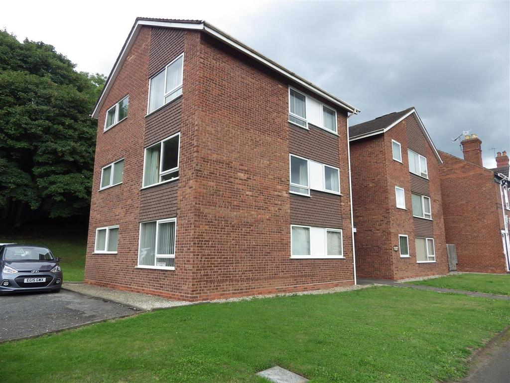 2 Bedrooms Apartment Flat for sale in Haden Hill Road, Halesowen