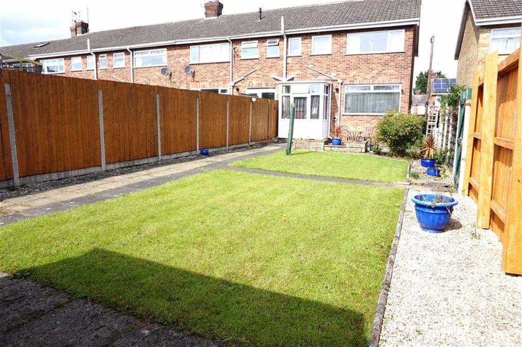 3 Bedrooms End Of Terrace House for sale in Overton Avenue, Willerby, Willerby, HU10