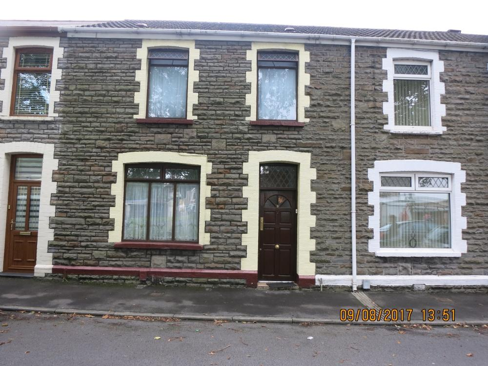 3 Bedrooms Terraced House for sale in Cross Street, Velindre, Port Talbot
