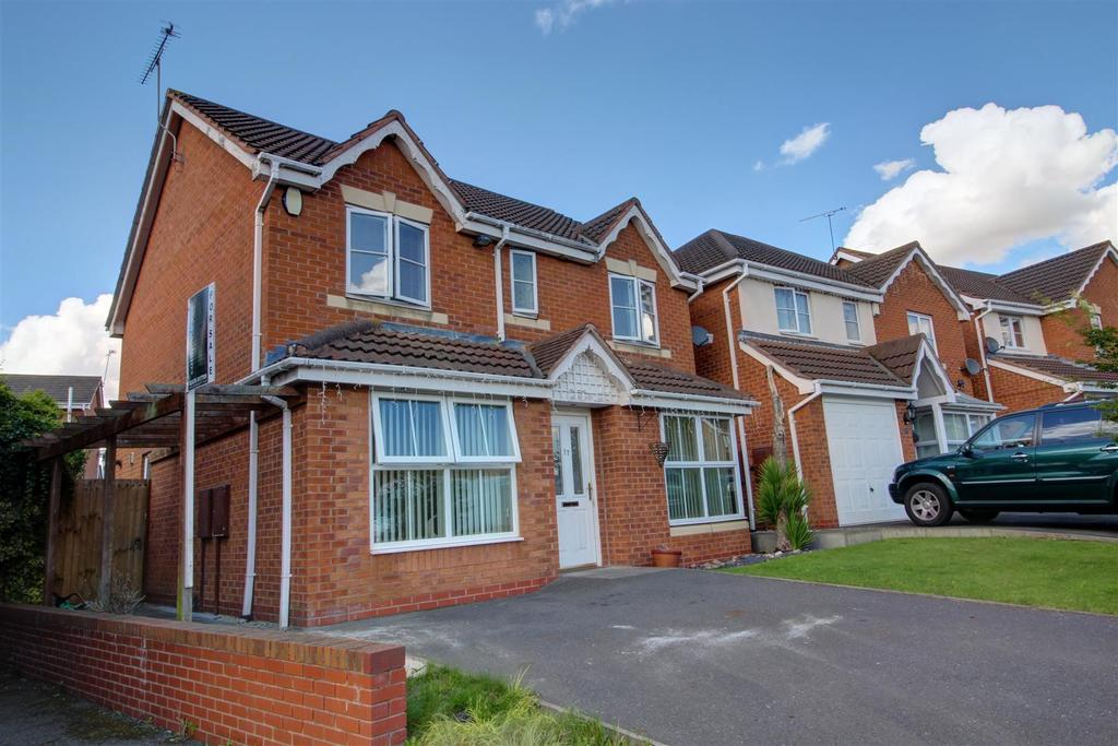 4 Bedrooms Detached House for sale in Towpath Close, Longford, Coventry