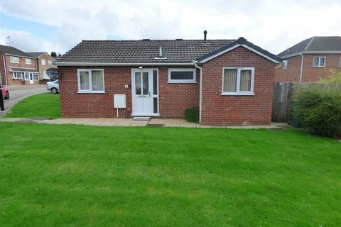 2 bedroom detached bungalow to rent - Horse Shoe Road, Longford, Coventry